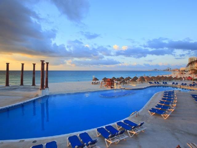 Krystal Cancun -
