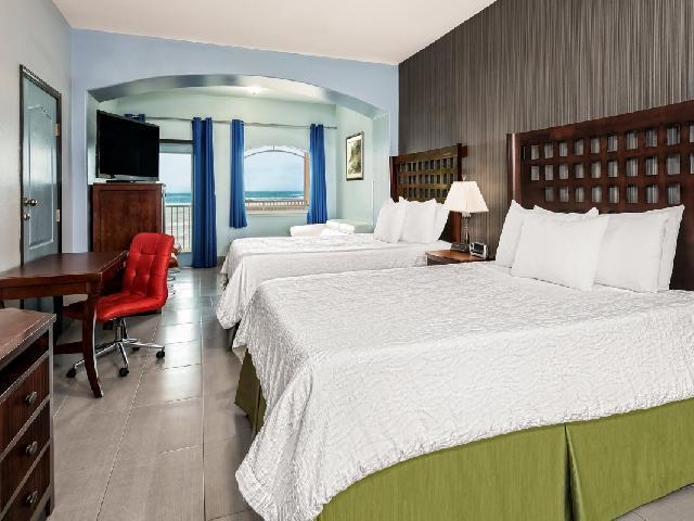 Standard Room - La Copa Inn Beachfront Hotel