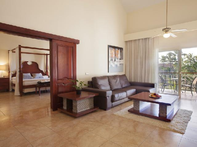 Majestic Colonial -