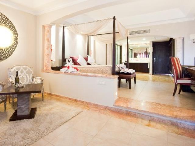 Jr. Suite with Jacuzzi - Majestic Elegance Punta Cana