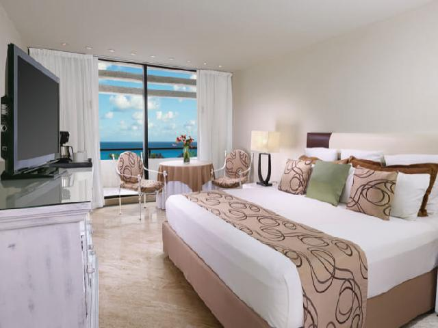 Grand Oasis Cancun Ocean View Room