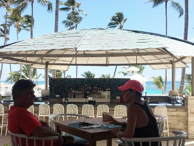 RIU Republica Beachfront Bar