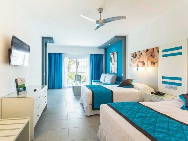Triple Room - RIU Republica
