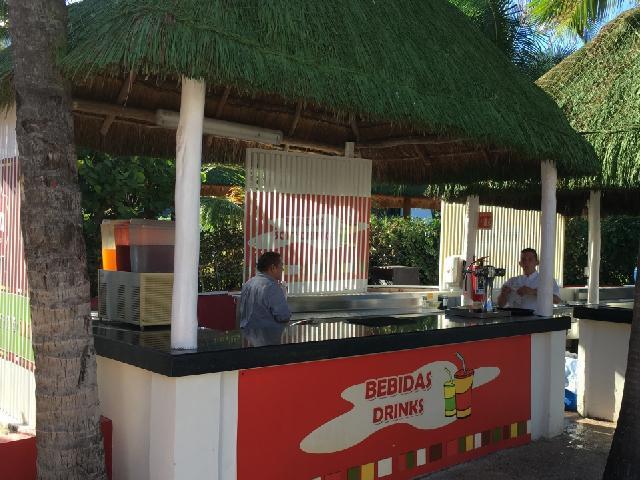 Oasis Cancun Lite - La Placita