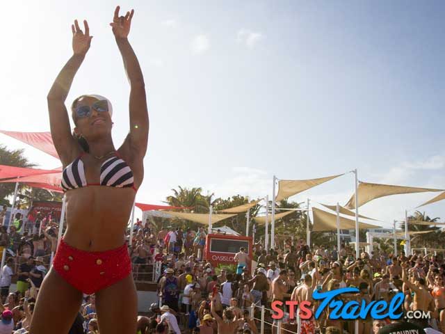 Oasis Cancun Day Parties a Spring Break destination
